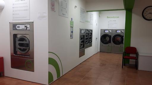 maquinaria automática para lavandería
